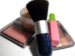 makeup-1-842778-m