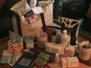 Simply stylist chicago, gift bag